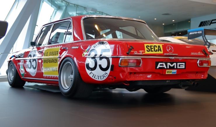 Mercedes 300 SEL 6.8 AMG-2